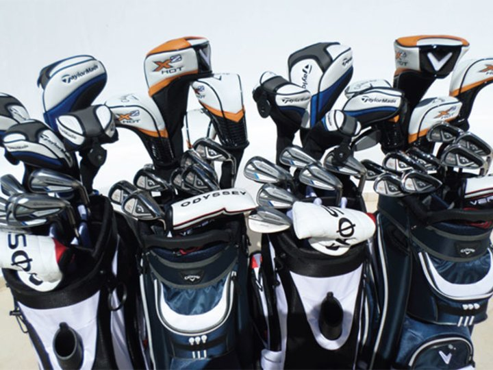 Golf equipment rental
